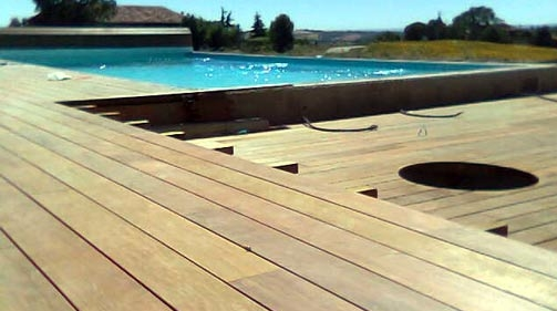 Charpentier couvreur zingueur villeneuve sarl guillaumont - Caillebotis bois pour piscine ...
